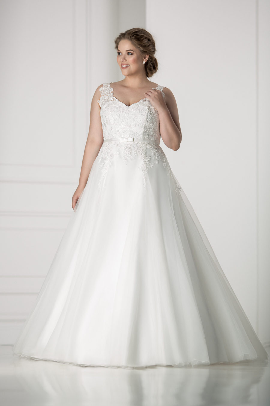 plus size wedding dress Modena
