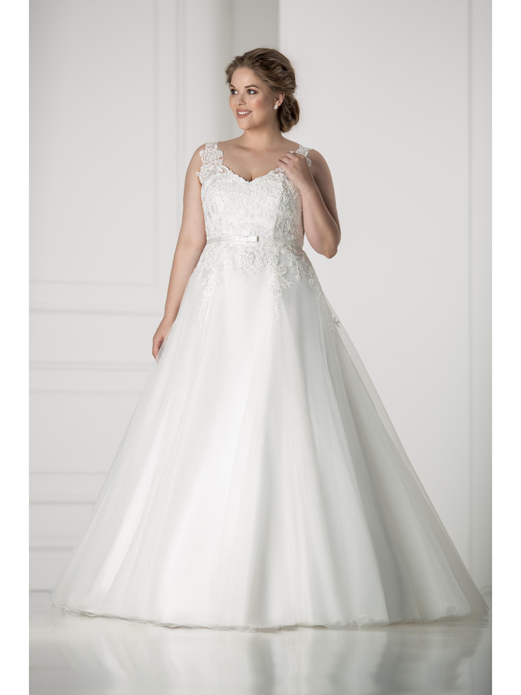 plus size wedding dress Modena