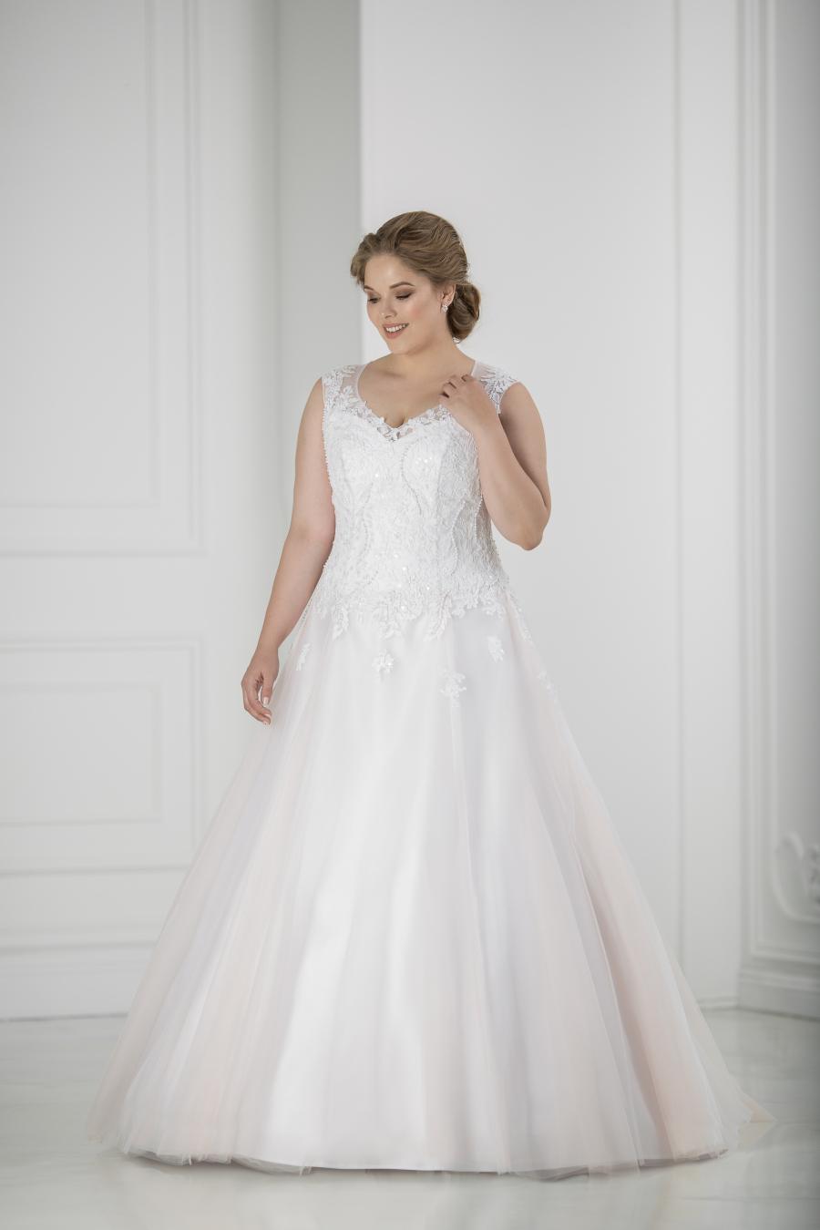 plus size svatební šaty Aurora