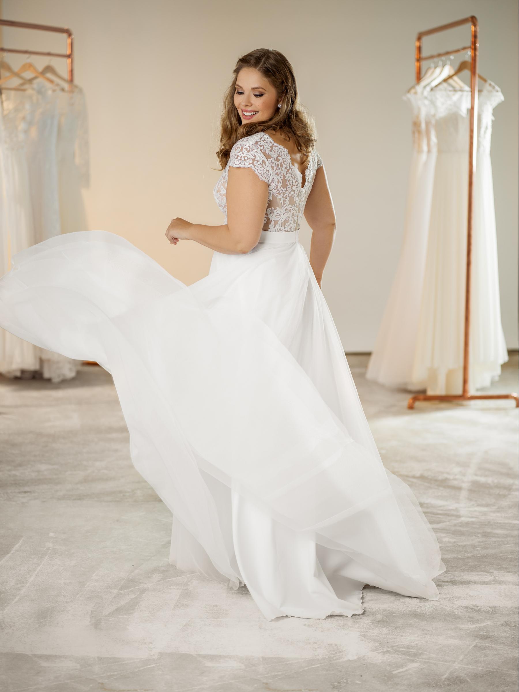 plus size svatební šaty Annette