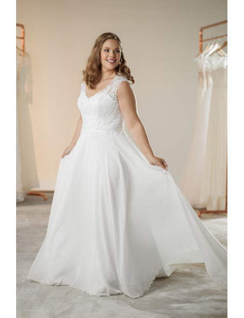 plus size wedding dress Nicole