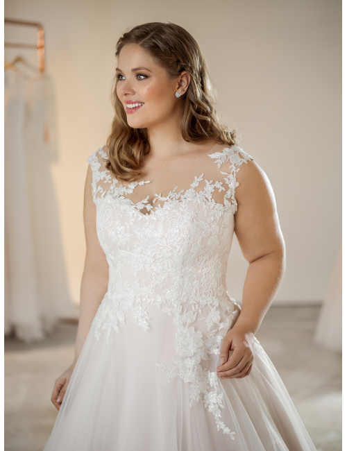 plus size wedding dress Susanne