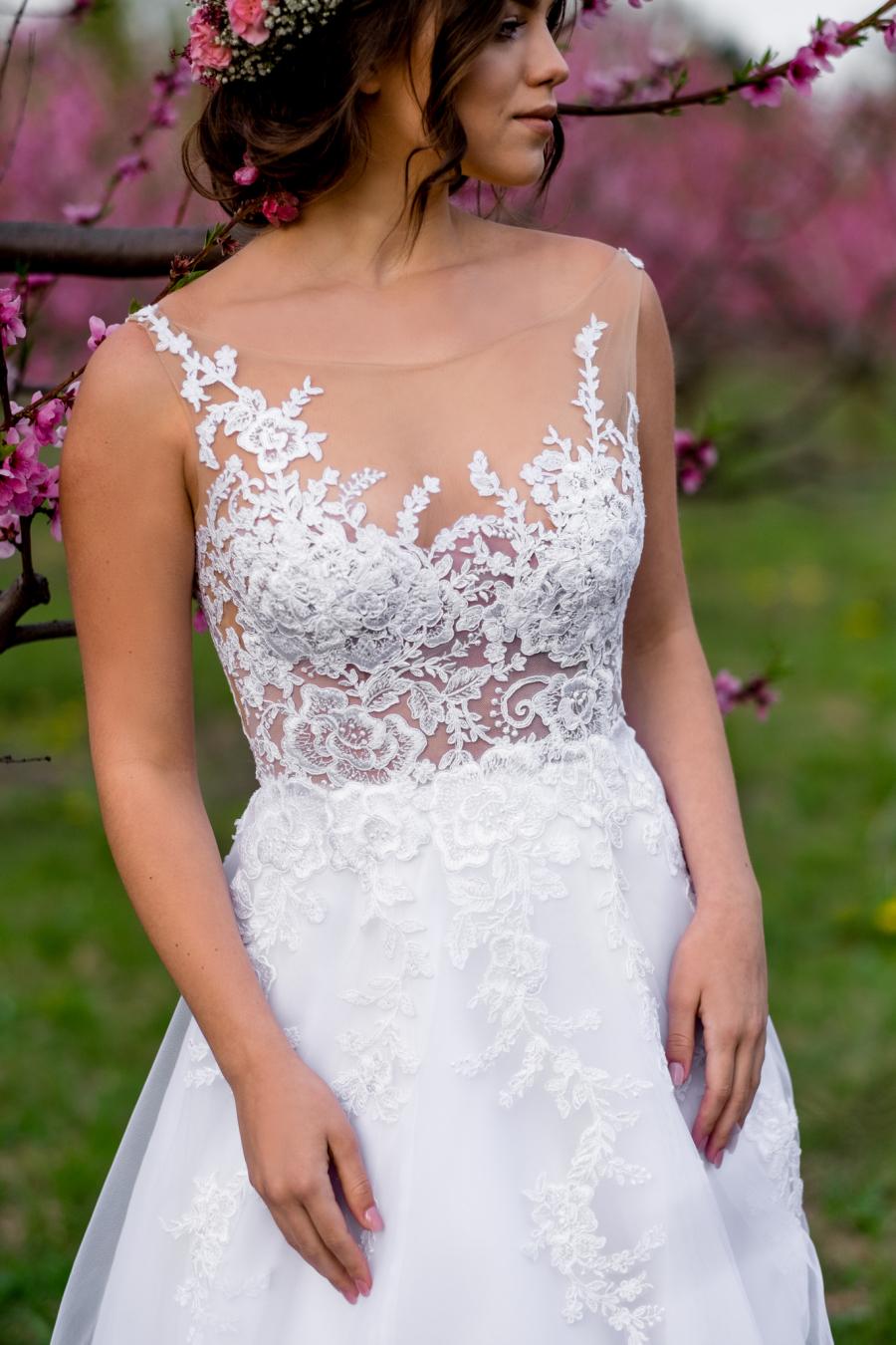 svatební šaty Isabella