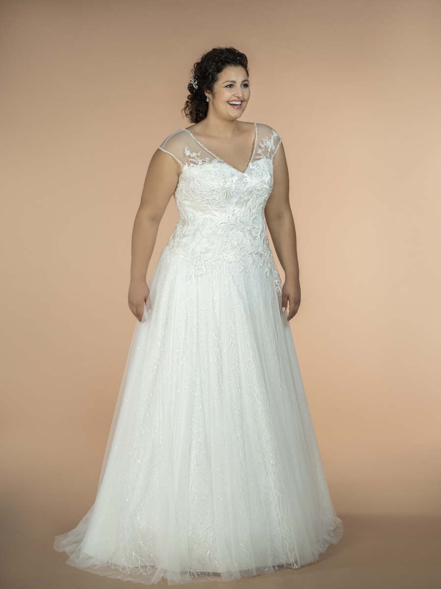 plus size wedding dress Lottie