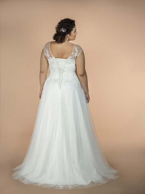 plus size svatební šaty Lottie