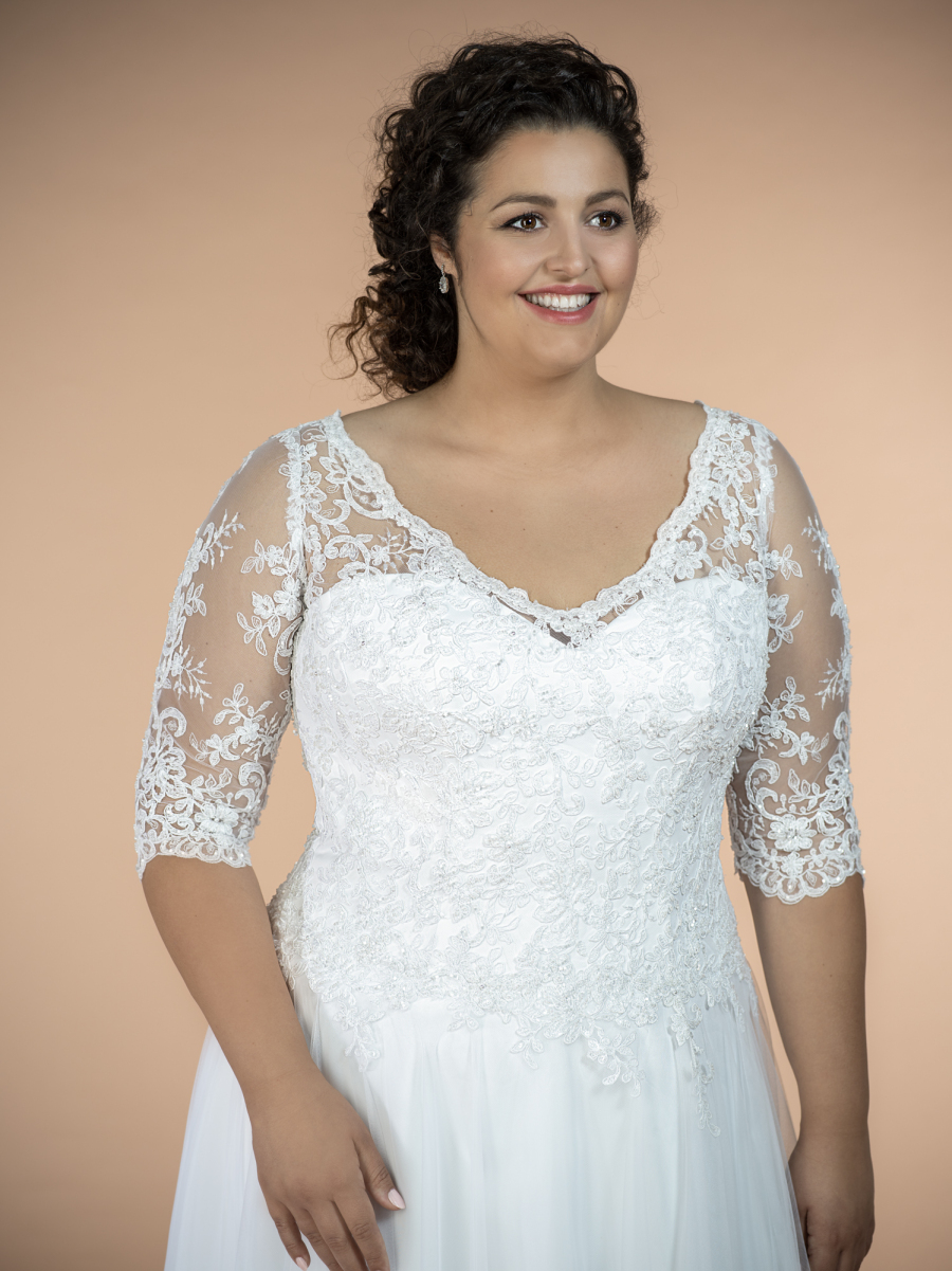 plus size svatební šaty Camila