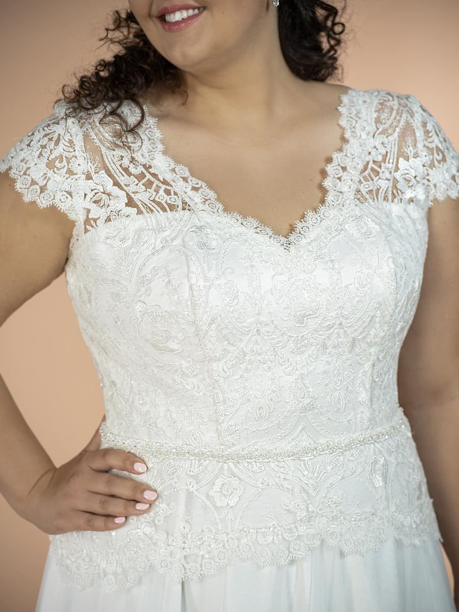 plus size svatební šaty Freya