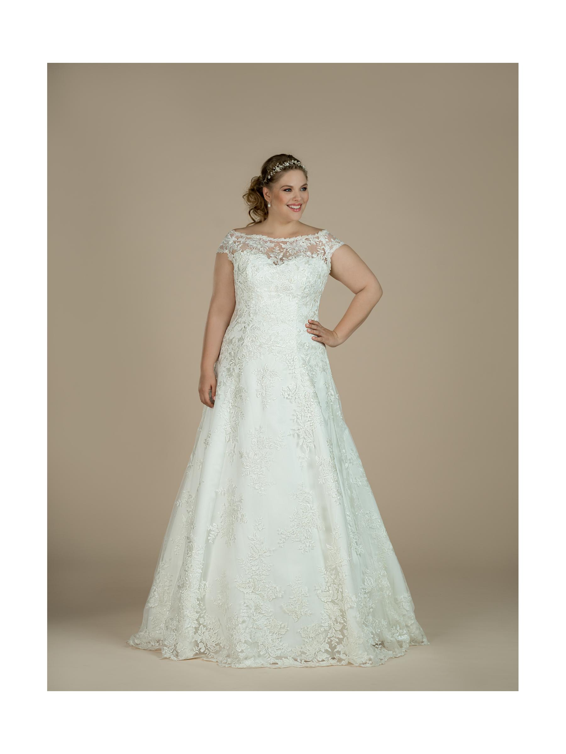 plus size svatební šaty Loretta
