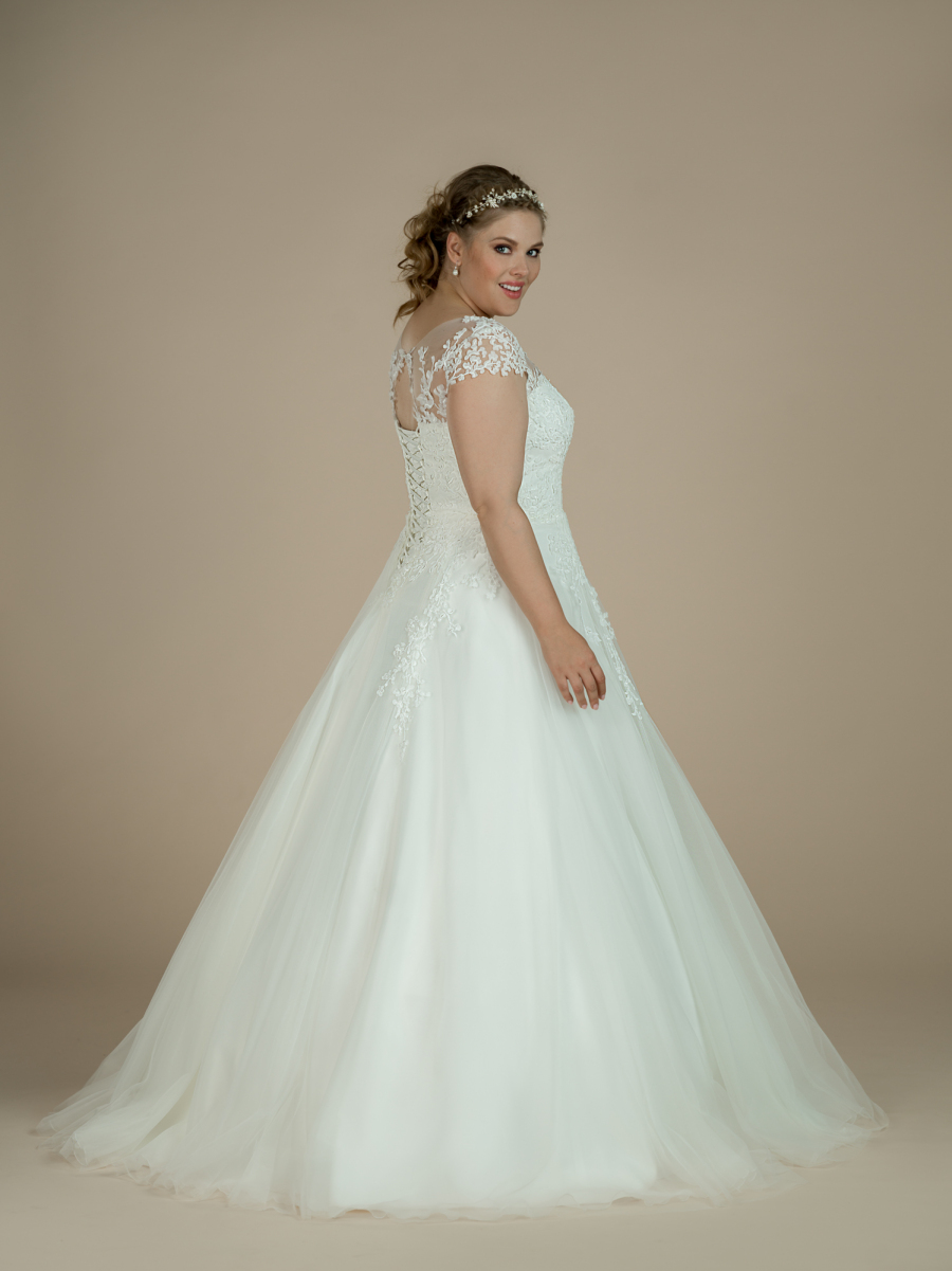 plus size wedding dress Lyla