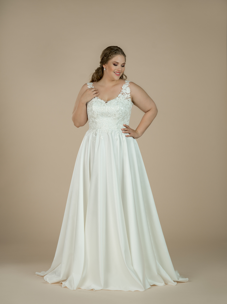 plus size svatební šaty Harlow
