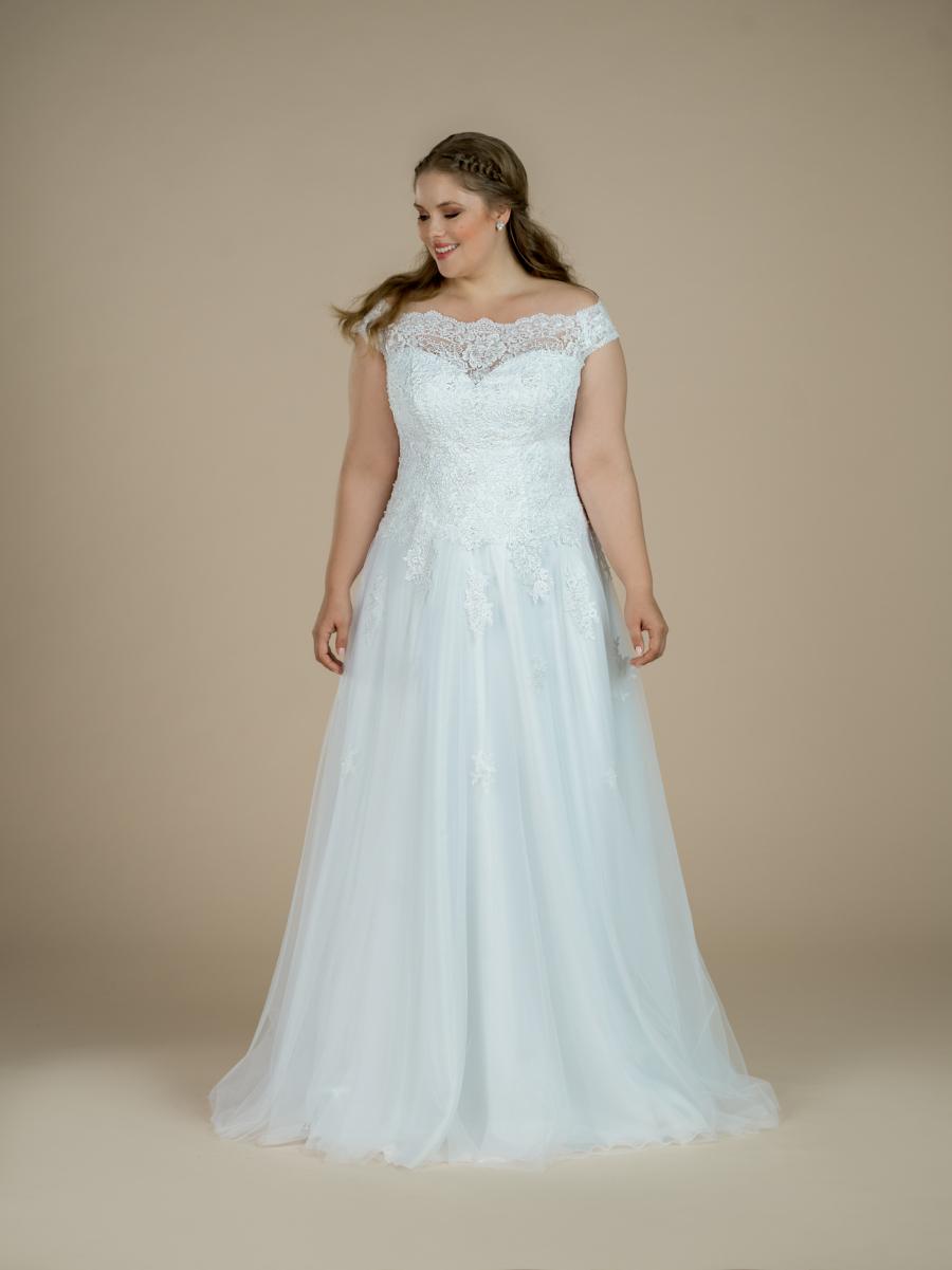 plus size svatební šaty Evelyn