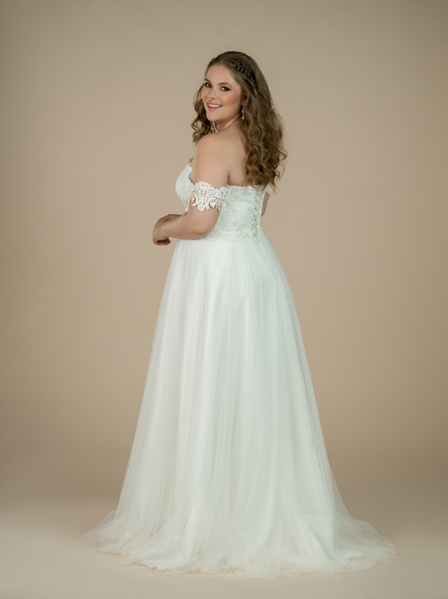 plus size wedding dress Lola