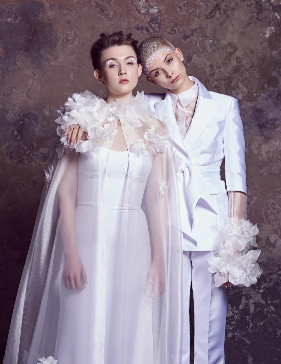 svatební kostým Brooke